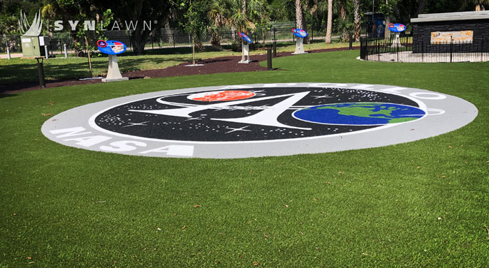 SynLawn Custom Logo
