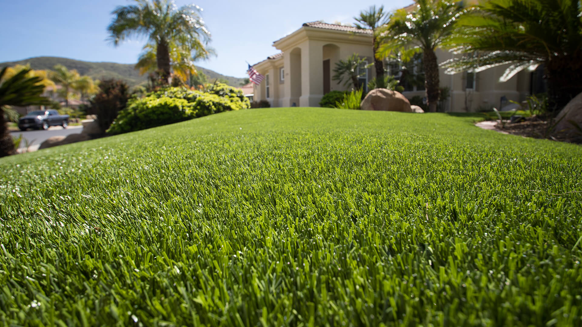 residential-artificial-lawn-installation