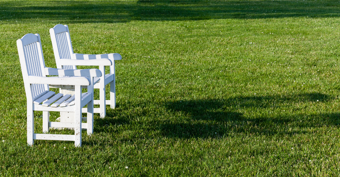 Can You Put Lawn Furniture On Artificial Grass