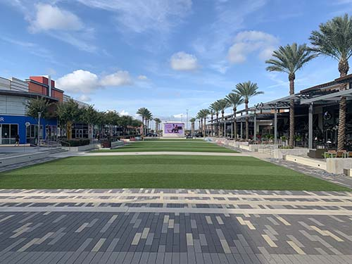 BayBrookMall Event Lawn